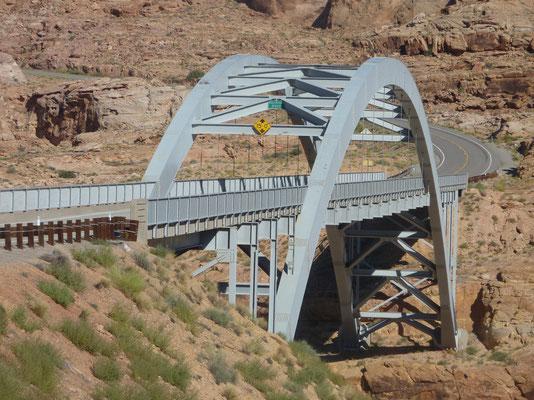 Brug over de Colorado Rivier