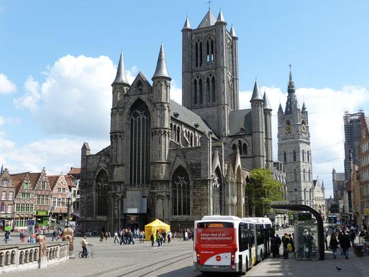 Niklaaskerk en Belfort