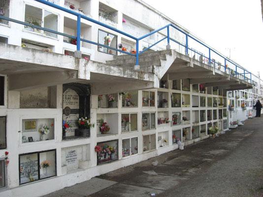Begraafplaats met 2 verdiepingen