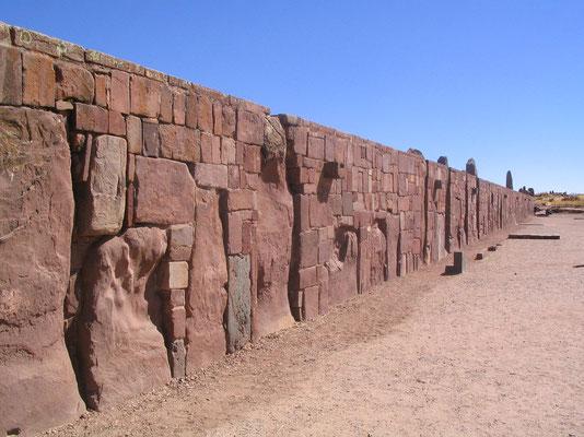 Tiwanaku overblijfselen