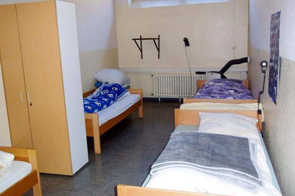 Schlafsaal 24 Std./Dienst für 4 Personen