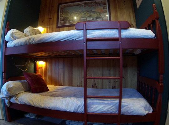 Les deux lits superposés