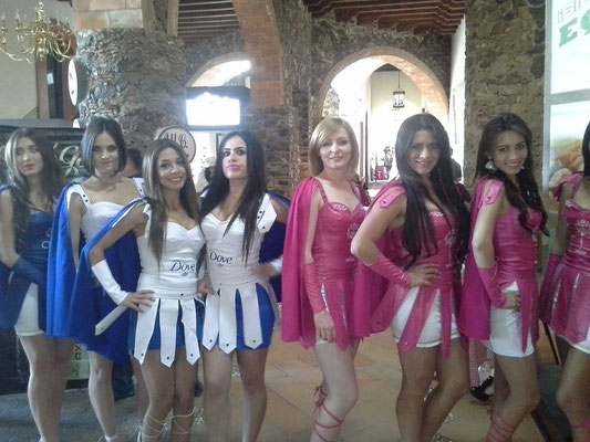 edecanes Querétaro 10