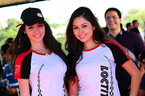 agencia de edecanes en Huatulco
