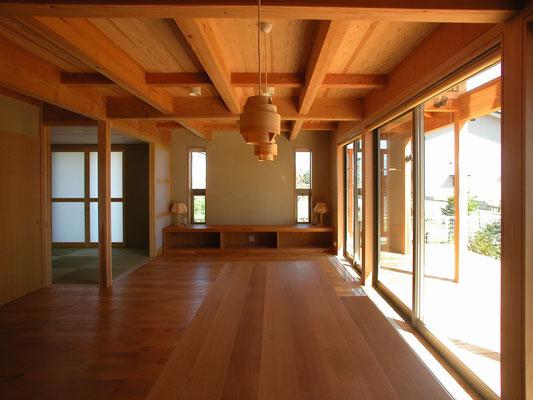 2004年竣工 高田の家(長野市)-居間食堂