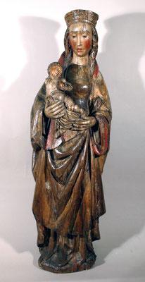 Adjugé 15 370 € - VIERGE à l'Enfant en bois sculpté, fin XVe ou XVIe, H : 110 cm