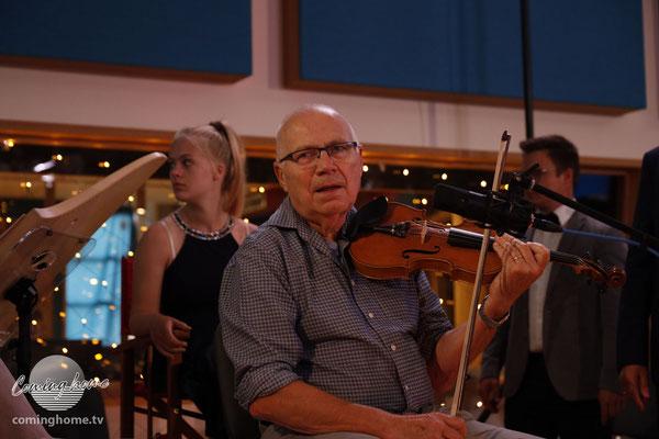 Na endlich. Unser Fiddler legt los.