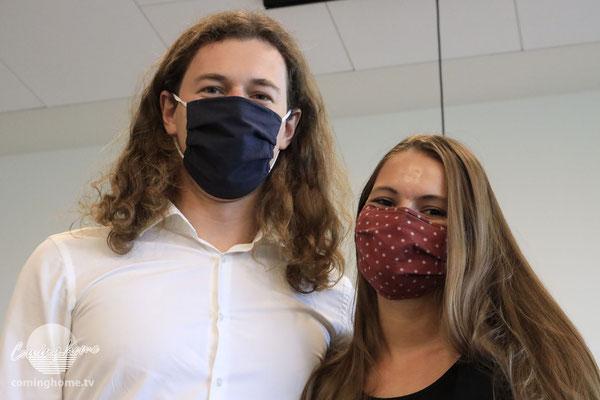 ... mit Maske.