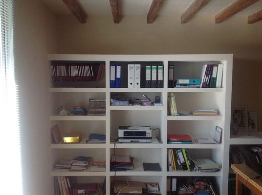 bibliotheque en brique et platre