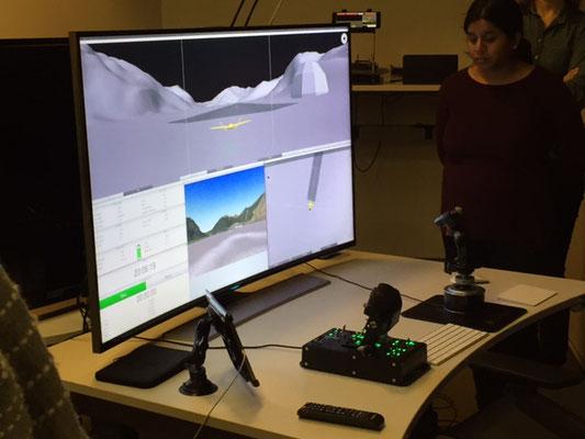 Ein weiteres Forschungsfeld am ZAV ist die Steuerung von Drohnen: auch hier ein Simulator im Einsatz.