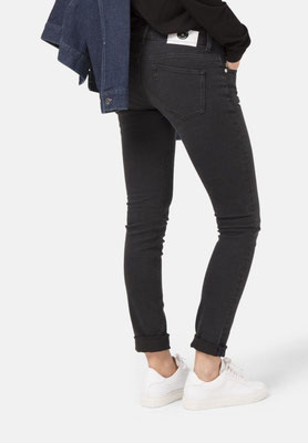 Skinny Lilly Mud Jeans stone black back – € 119,00