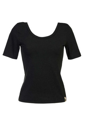 T-Shirt JUNE black – € 49,00