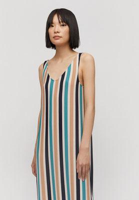 MADALENAA MULTI STRIPE Kleid aus LENZING™ ECOVERO™ – € 69,90