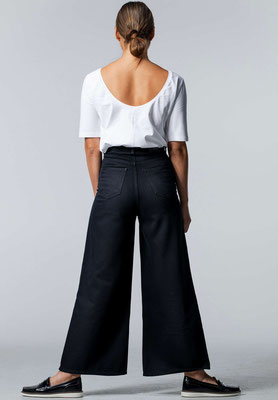 Wide Cropped Jeans BARLERIA Black Overdyed back – € 139,00