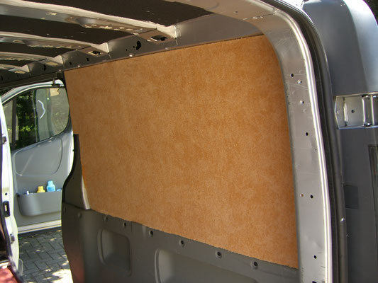 Renault Trafic L2H1 - Side wall cladding