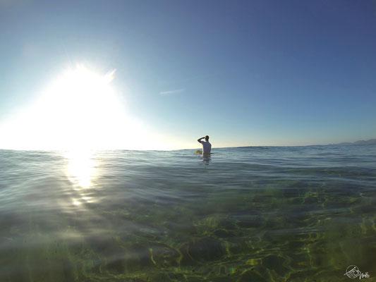 Wellenreiten auf Sardinien / Italien