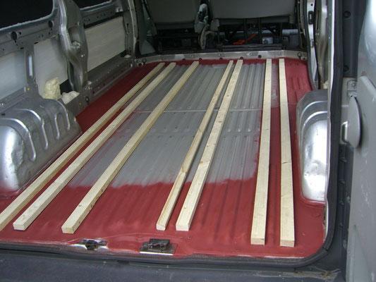 Renault Trafic L2H1 - Glued wooden slats