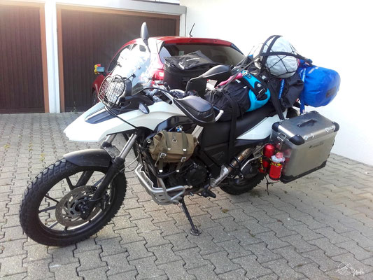 BMW G650GS fully packed