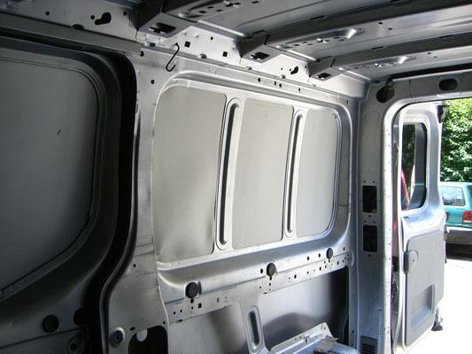 Renault Trafic L2H1 - Dämmung dünn Seite