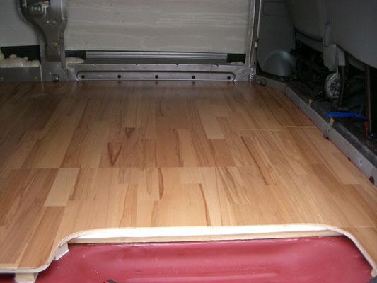 Renault Trafic L2H1 - Parquet floor