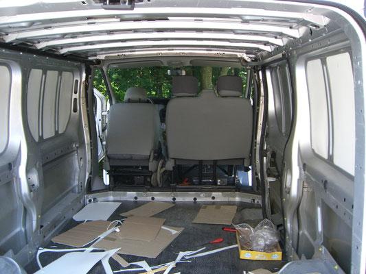 Renault Trafic L2H1 - Dämmung dünn hinten