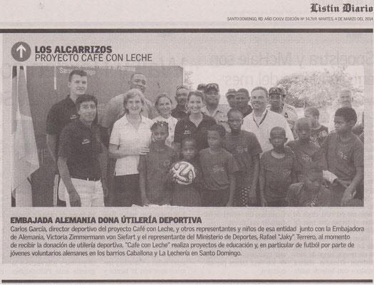 """Embajada Alemania dona útilería deportiva"" - Listin Diario - März 2014"