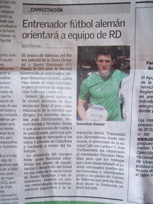"""""""Entrenador fútbol alemán..."""" - Listin Diario - Februar 2011"""