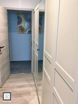 Rendu finalisé d'un espace dressing, carrelage effet bois Porcelanosa, étude du projet agence En Toile de Fond Décoration, Moselle