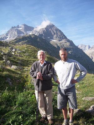 Henri Meunier, chasseur/ pêcheur acharné, 80 ans passés et toujours là! Une des mémoires vivantes du secteur...