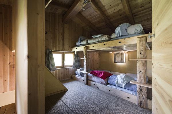 Petit dortoir familial de 6 places.