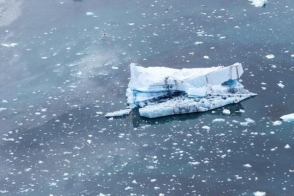 Vue aérienne d'un lac glacière