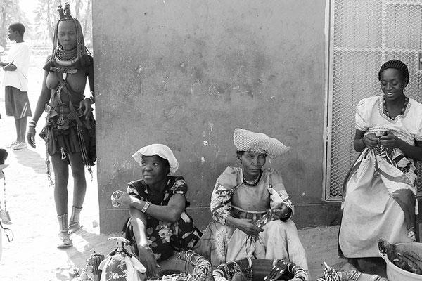Femme Himba, Femme Herero, Femme Damara - Namibie