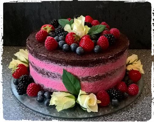 Naked Cake - Beerensahne