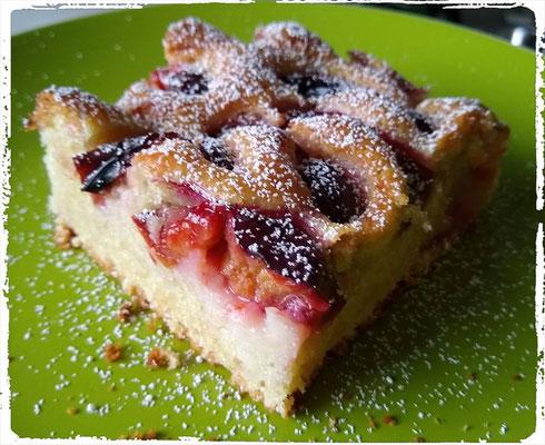 Buttermilchrührkuchen mit Obst