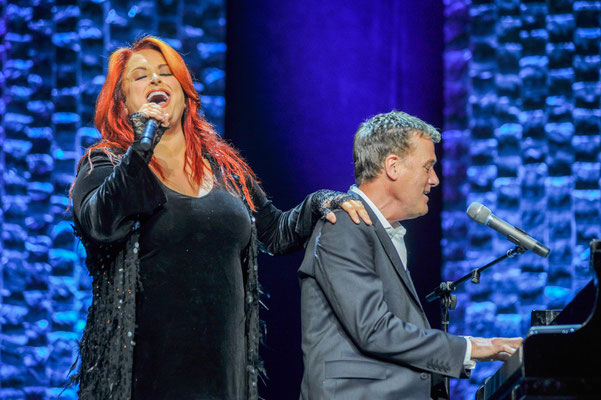Wynonna, Michael W. Smith Photo by: Gretchen Demonbreun