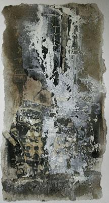 Zerreißprobe I, Marmormehl, handgeschöpftes Papier, Papierausrisse auf Papier, 30 x 60 cm, 2013, Preis auf Anfrage