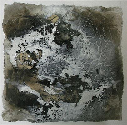 Secondo II, Marmormehl, handgeschöpftes Papier, Papierausrisse auf Papier, 30 x 30 cm, 2013, Preis auf Anfrage