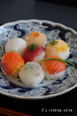 春の手鞠寿司