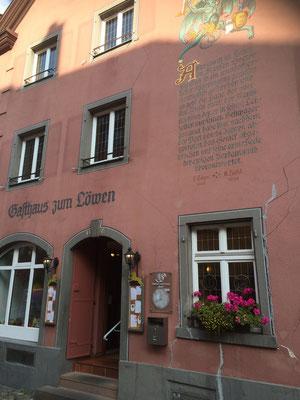 Das berühmte Gasthaus Löwen in dem Doktor Faust vom Teufel geholt wurde