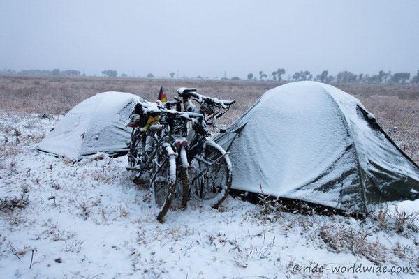 Morgendlicher Schnee, diesmal nass kalt