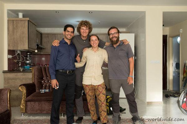 Mit Bernhard und unserm Warmshower Host Mahdi