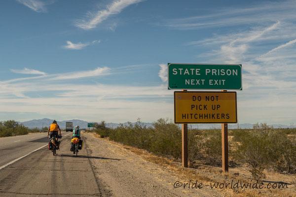 Nächste Ausfahrt Staatsgefängnis...Keine Anhalter mitnehmen