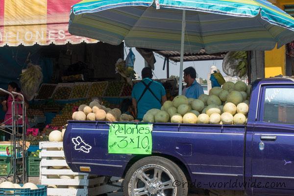 ca. 50 Cent für drei Melonen.