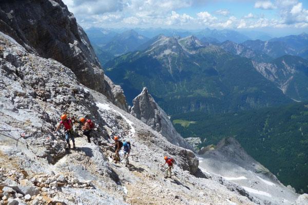Klettersteigset Zugspitze : Klettersteig stopselzieher auf die zugspitze bergführer tobias