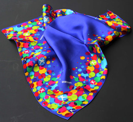 Pañuelo de traje en twill de seda, impresion digital