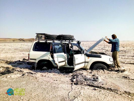 Steckengeblieben im Salzsee im Iran
