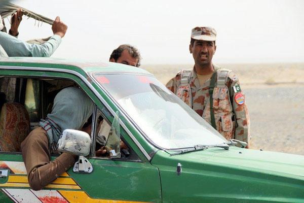 Auch die Einheimischen mussten sich bei den Checkpoints melden und eintragen