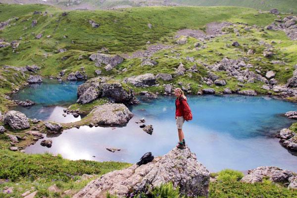 kein Photoshop, der See ist tatsächlich unglaublich blau