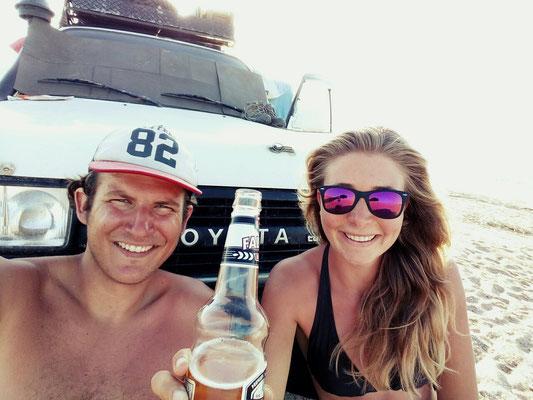 Vorletztes Bier am Strand