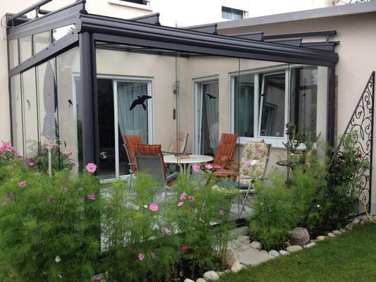 Weinor Terrassenüberdachung mit Schiebeelementen
